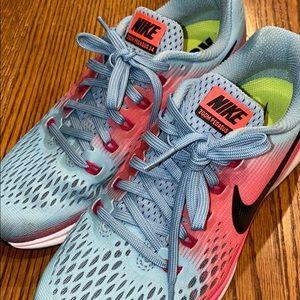 NWOT Womens Nike Air Zoom Pegasus 34 Running Shoes
